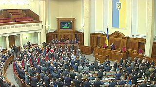 Külföldi miniszterekkel kezd új életet Ukrajna