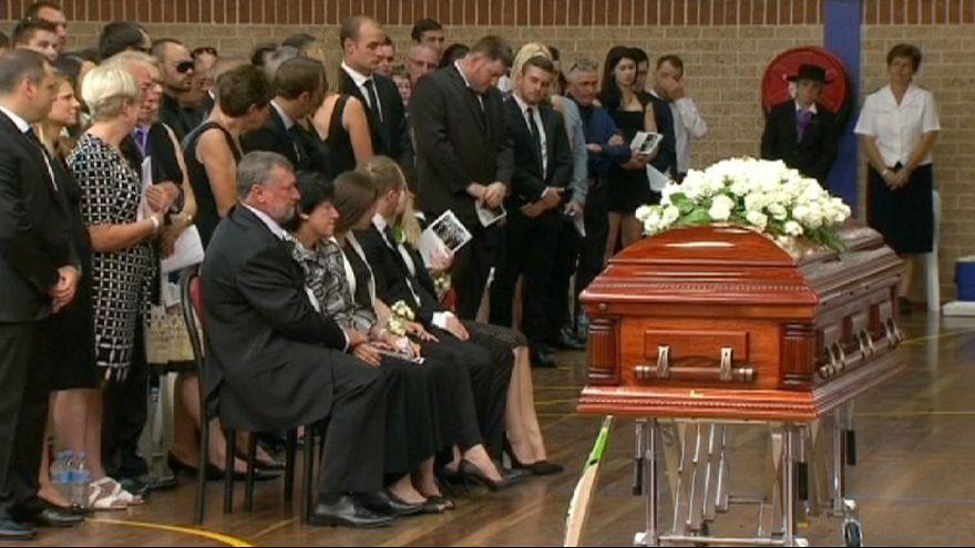 В Австралии похоронили игрока в крикет Филипа Хьюза