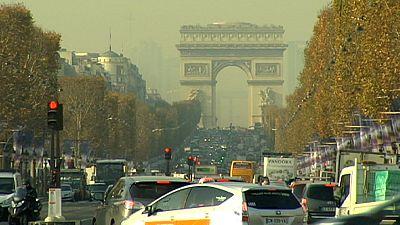 France revises deficit target for 2015
