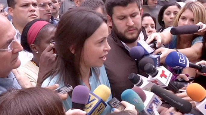 Merénylet kitervelésével vádolják a venezuelai ellenzéki vezetőt