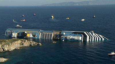 "Costa  Concordia trial: video ""shows captain preparing to leave""  – prosecution"