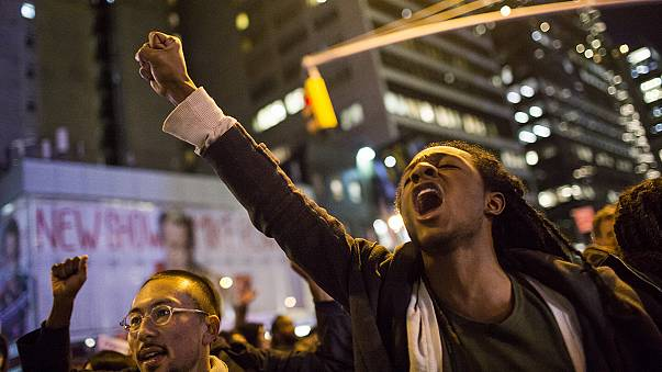 Anger in New York after no charges are made against police in a 'chokehold death'