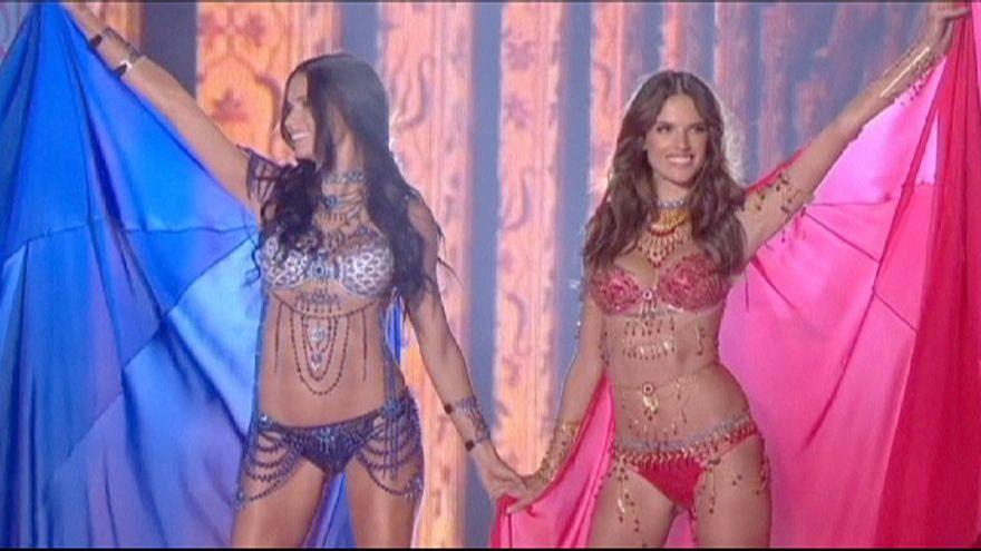 Victoria's Secret'in muhteşem gösterisi