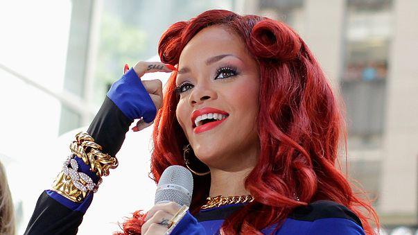 Vom Internet-Weihnachtsmann bewertet: Rihanna 100% böse?