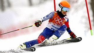 Violinist Mae appeals four-year ski ban
