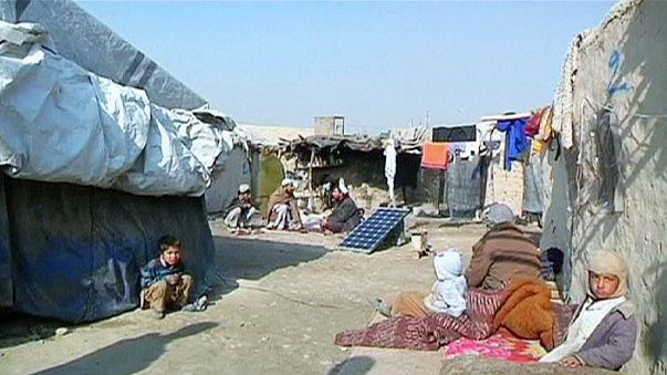 La comunidad internacional apoya la transición afgana en Londres