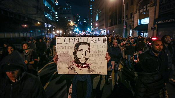 احتجاجات في نيويورك  ضد عنف الشرطة