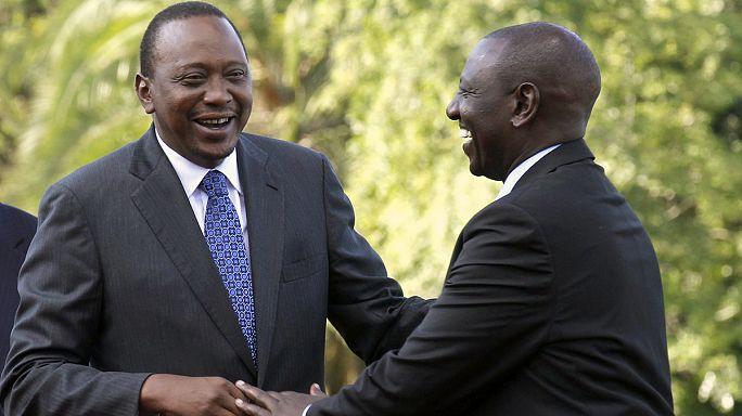 الرئيس الكيني كينياتا يتنفس الصعداء بعد إسقاط التهم الموجهة إليه