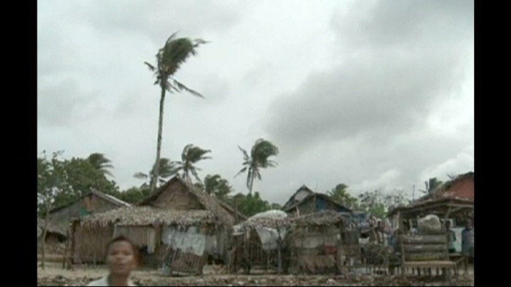 Hagupit perde forza ma mette ancora paura. Le Filippine attendono il tifone