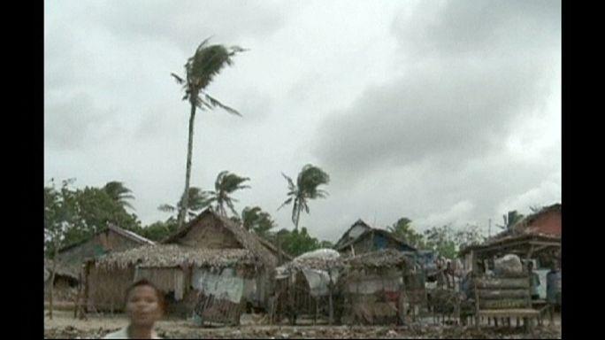 Filipinler'de kasırga korkusu milyonlarca kişiye evlerini terk ettirdi