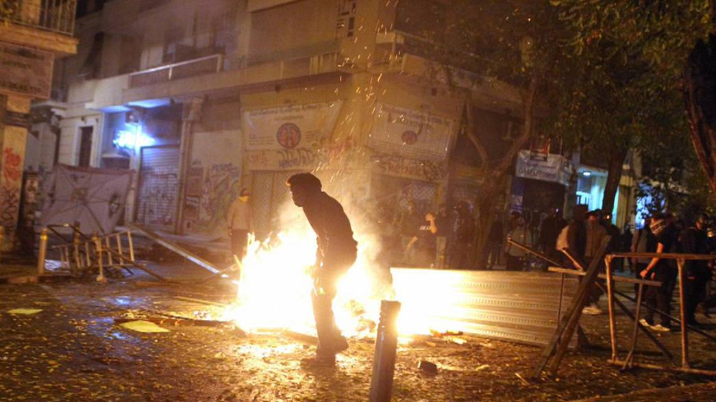 Straßenschlachten in Athen am Todestag eines 15-Jährigen