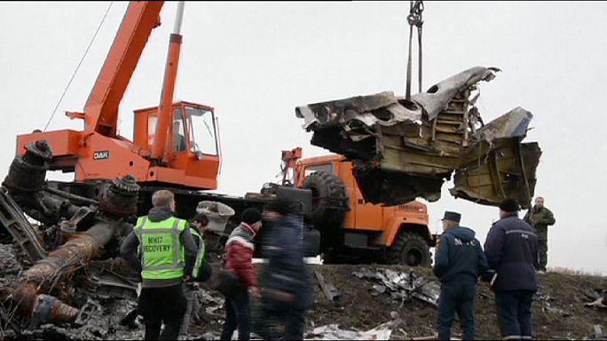 MH17'nin enkazı Hollanda yolunda