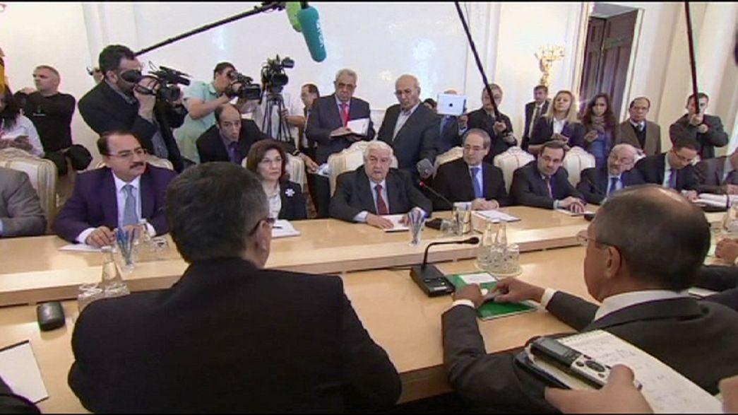 Sírios e iraquianos reúnem-se com iranianos em Teerão
