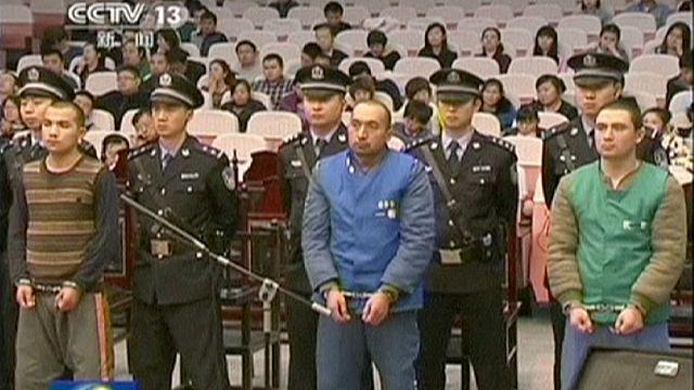 """الحكم بالإعدام على ثمانية أشخاص من الأقلية المسلمة في الصين بتهمة المشاركة في """"هجمات إرهابية"""""""
