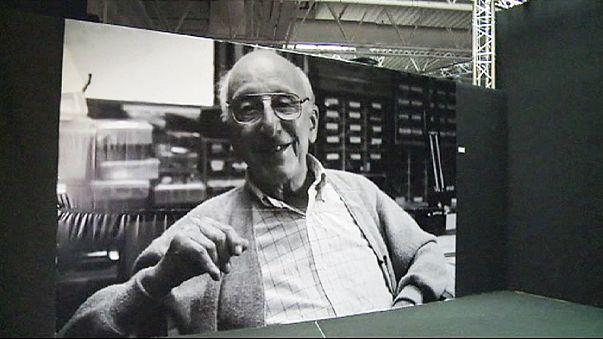 """وفاة مخترع ألعاب الفيديو المنزلية """"رالف باير"""" عن عمر 92 عاما"""