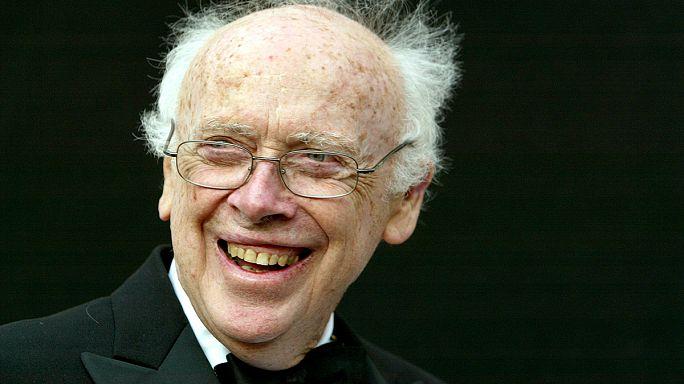 Açık artırmada satılan Nobel madalyası sahibine geri dönüyor