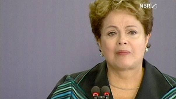 Brazil President Rousseff moved to tears by military rule abuses report
