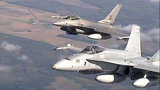 Nato: intercettati aerei militari russi sul Baltico