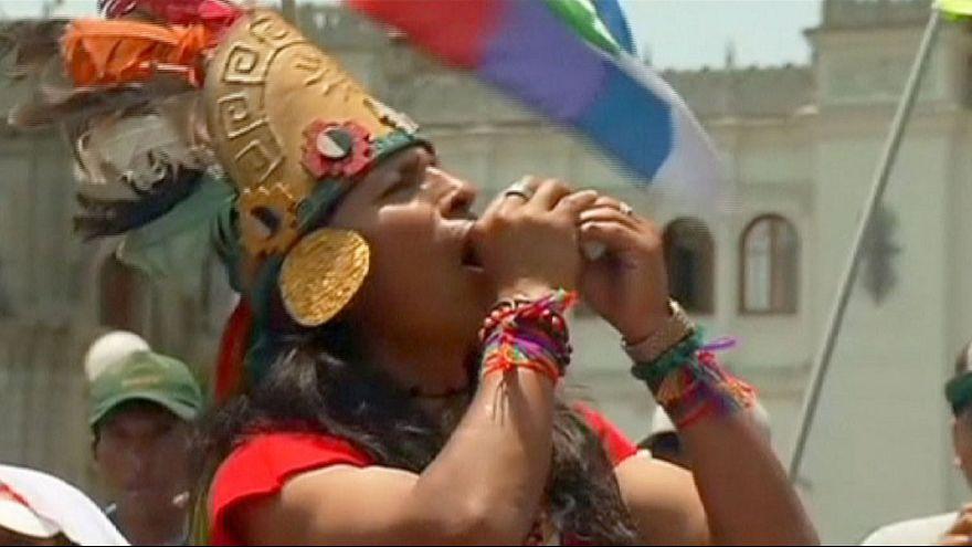 مسيرة حاشدة حول المناخ في ليما