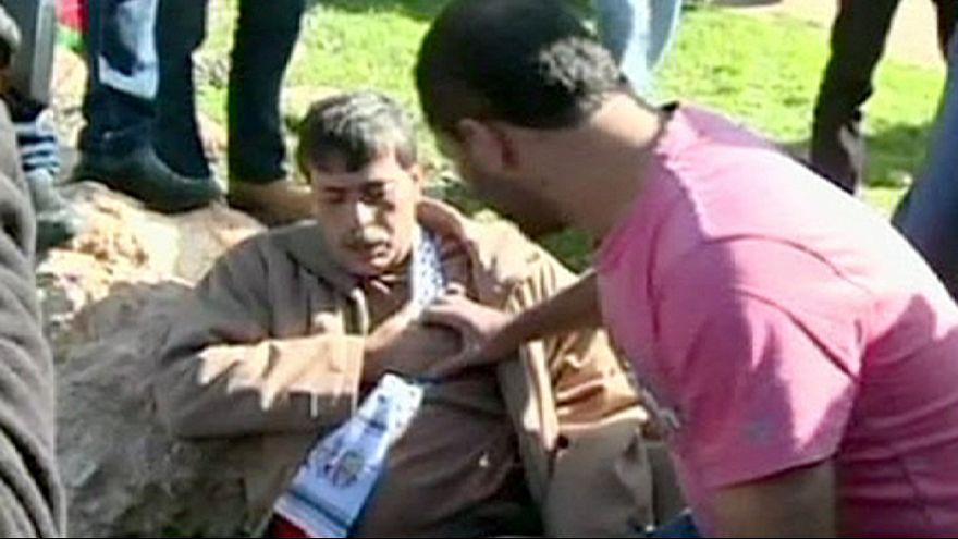 تشييع جثمان مسؤول فلسطيني قتل خلال مظاهرة احتجاجية ضد الاستيطان