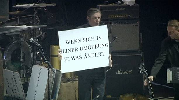 German cult band Einstürzende Neubauten commemorate WWI