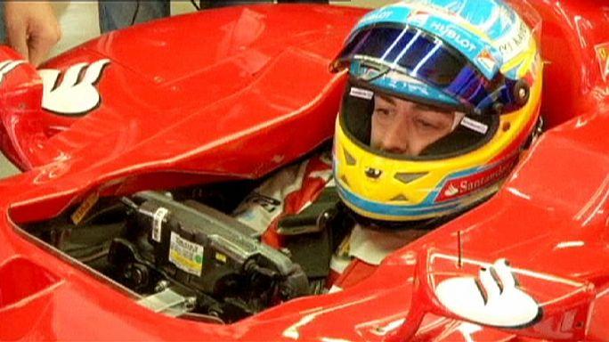 سائق الفورمولا واحد فرناندو ألونسو ينضم إلى فريق ماكلارين