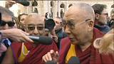 Ferenc pápa nem fogadja a dalai lámát