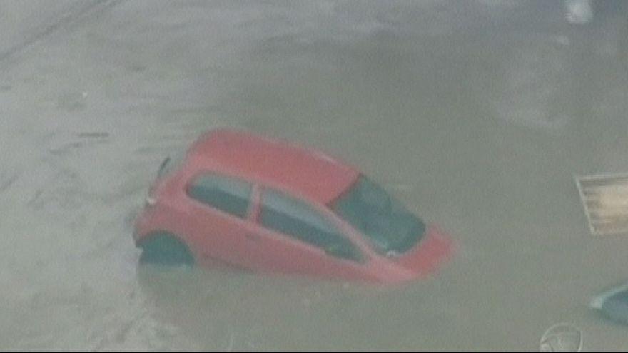 La ville de Sao Paulo touchée par les inondations