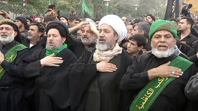 وسط تشديدات أمنية ملايين الشيعة يحييون ذكرى أربعين الامام الحسين في كربلاء