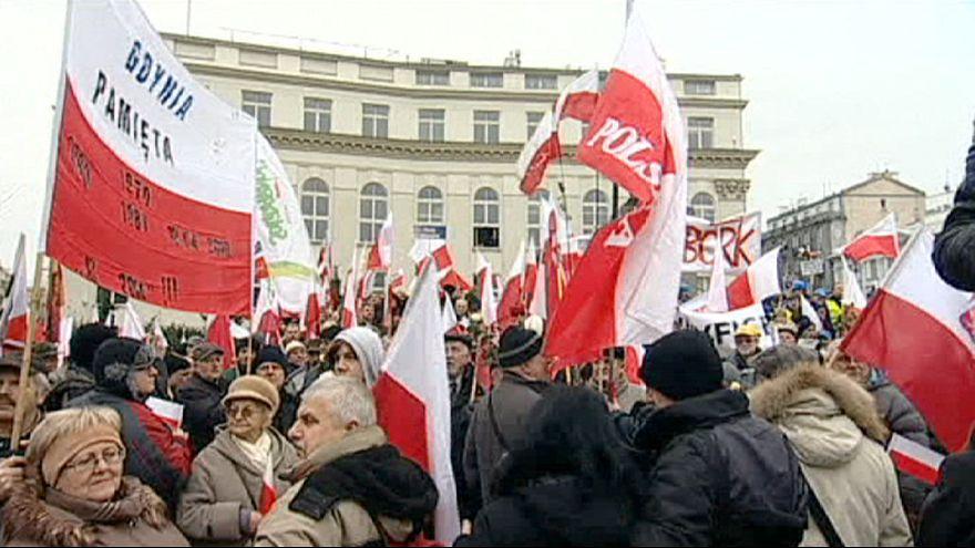 Varsó: tüntetés a választási rendszer megváltoztatásáért