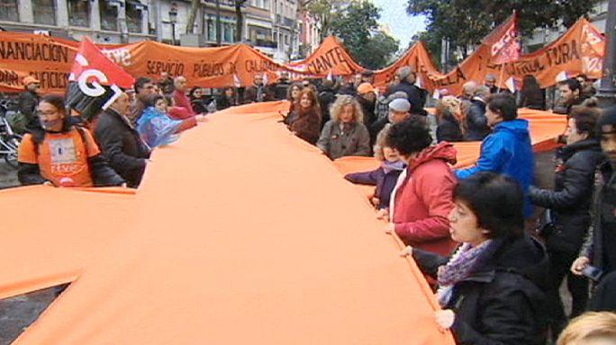 İspanya'da devlet televizyonu çalışanlarından gösteri