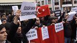 Lecsapott a török médiára a rendőrség