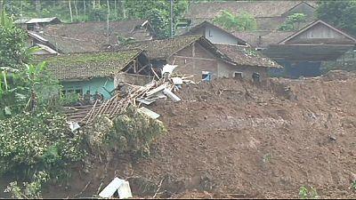 Weitere Tote nach Erdrutsch in Indonesien