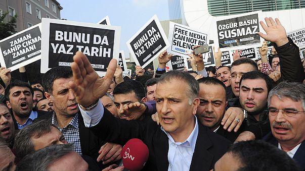 Turchia. Campagna arresti di giornalisti duramente criticata da Ue e Usa