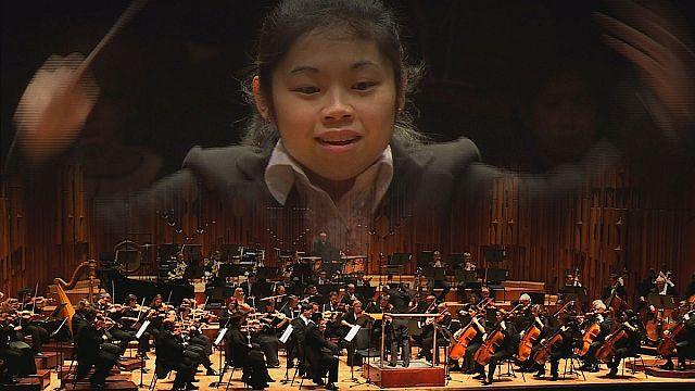 20 yaşındaki bayan orkestra şefi: 'Elim Chan'
