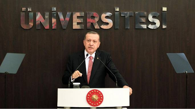 EU war of words with Turkey over arrest of opposition journalists