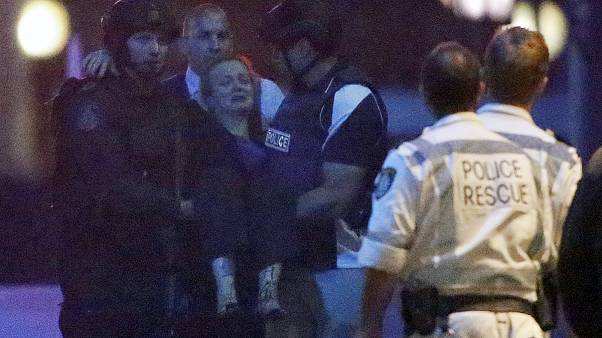 Tres muertos y cuatro heridos en el secuestro en una cafetería de Sidney