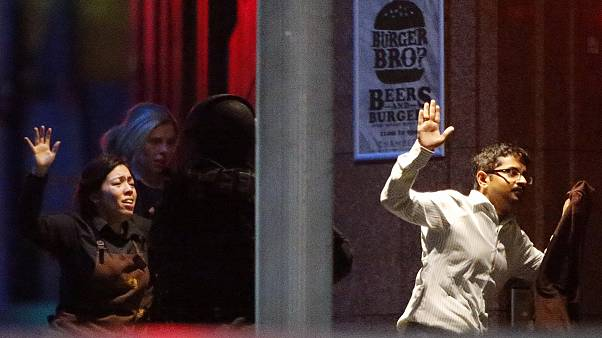Трое погибших и четверо раненых после штурма кафе в Сиднее