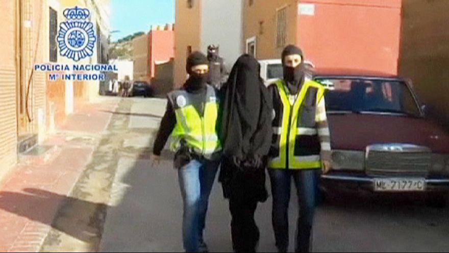 Frauen für die IS-Miliz: Polizei in Spanien und Marokko nimmt mutmaßliche Rekrutierer fest