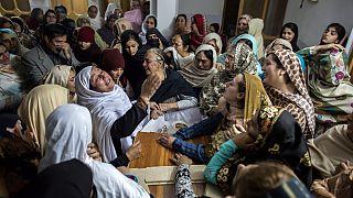 تعداد جان باختگان حمله طالبان به مدرسه ای در پیشاور به ۱۴۱ نفر رسید