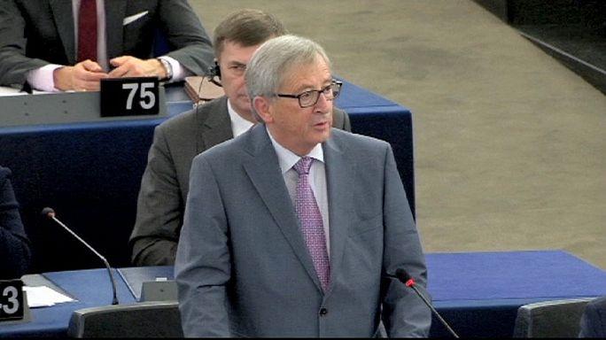 المفوضية الاوروبية تعرض على البرلمانيين الاوروبيين خطة عملها للعام الفين و خمسة عشر