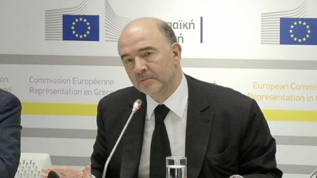UE: Moscovici retifica declarações sobre risco da Grécia sair da zona euro