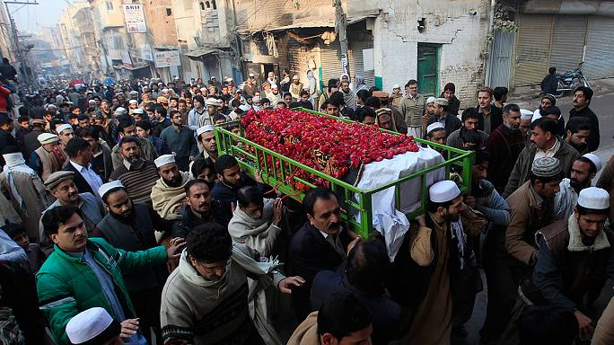 Afghan Taliban condemn Pakistani Taliban attack on Peshawar school
