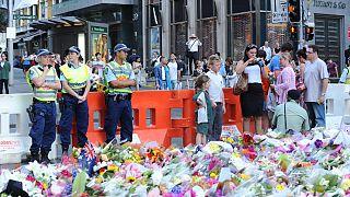 ادای احترام به جان باختگان گروگان گیری در سیدنی استرالیا