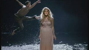 Carrie Underwood launches Greatest Hits album
