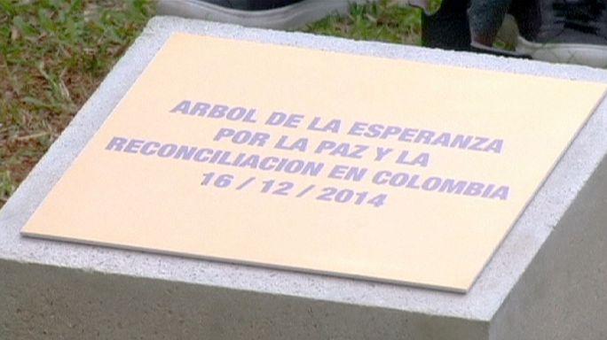 الحكومة الكولومبية ترحب بإعلان الفارك وقف إطلاق النار