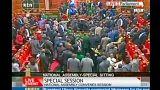 Kenya meclisinde olaylı oylama