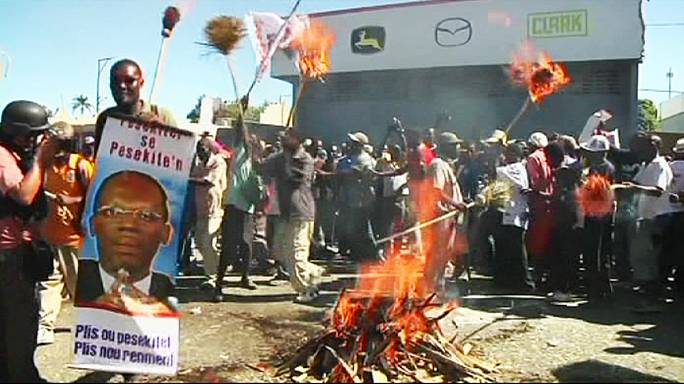 Demonstranten in Haiti verlangen erneut Rücktritt des Präsidenten
