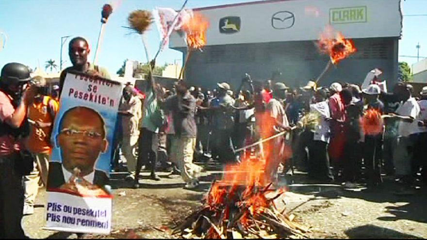 Haiti'de devlet başkanının istifasını isteyen muhalifler eylemlerini sürdürüyor