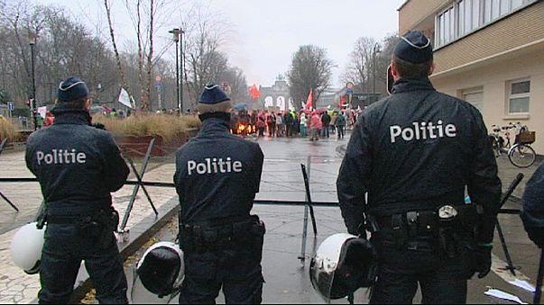 Un millier de manifestants à Bruxelles contre le traité de libre-échange